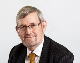 SSRB Chair Dr Martin Read has urged the government to consult MiP over changes to top managers' pay.